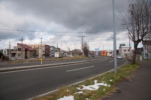 国道12号線と踏切跡