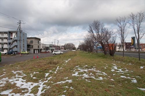 国道脇の廃線跡