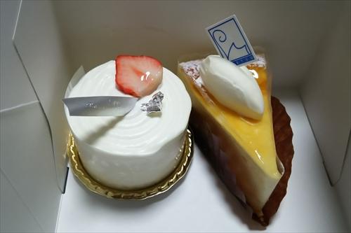 お持ち帰り用チーズケーキ