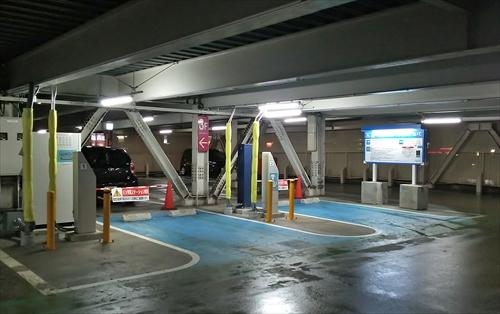 EV充電ステーション