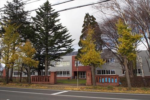 江別第二小学校新校舎