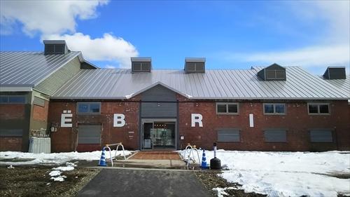 EBRI駐車場側出入口