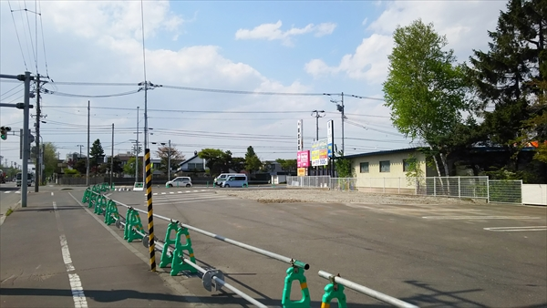 ローソン江別弥生町店跡地駐車場