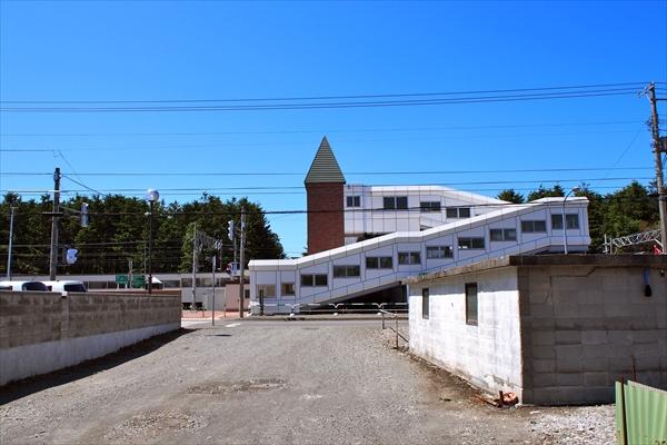 ロイズ北側道路・高砂駅へ