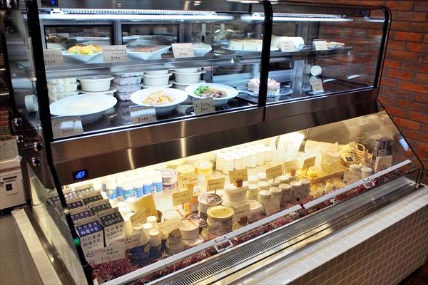 カフェ&デリ・マチノキ・町村農場乳製品