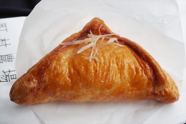 葉らっぱ・チーズパイ