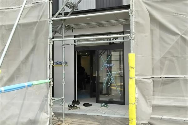 理容のディスカウント野幌店・出入口
