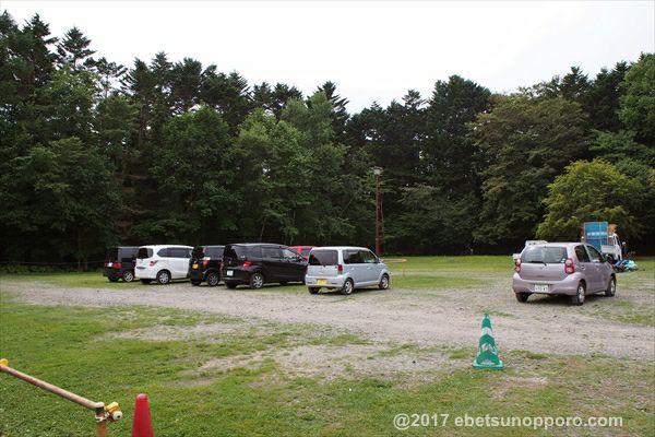 江別市森林キャンプ場・駐車場