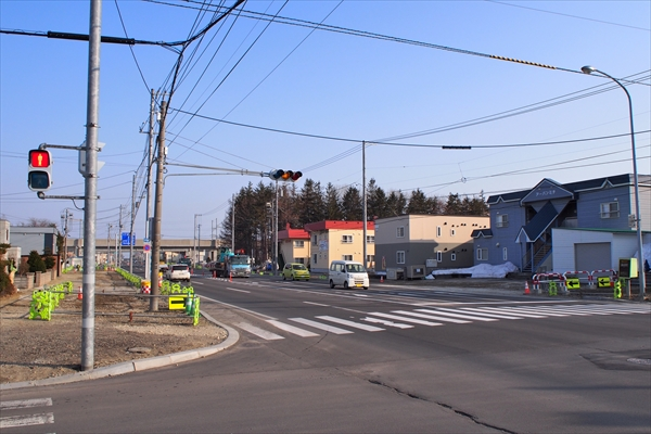 白樺通・コープさっぽろ通り交差点