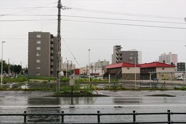 野幌駅南口広場とロータリー