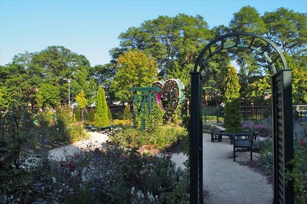 ロイズ庭園