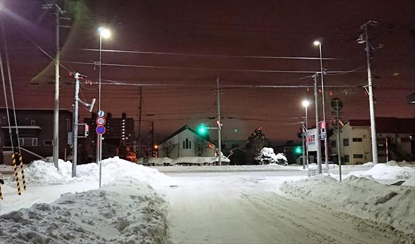 白樺通・日本キリスト教団野幌教会
