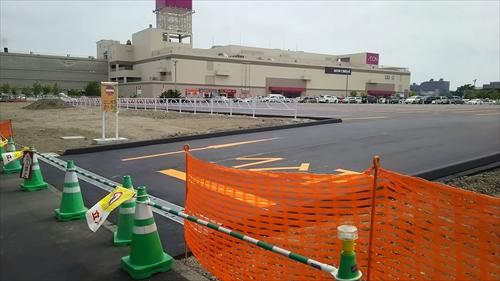 新しい駐車場入口