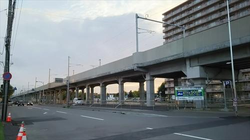 野幌駅高架下駐車場