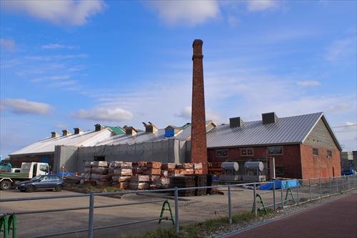 旧ヒダ工場エブリ裏側