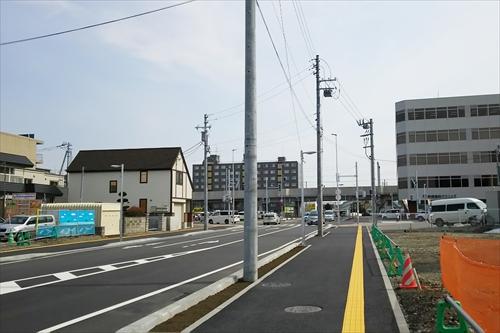 旭通りと函館本線