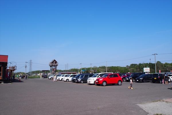 トンデンファーム駐車場