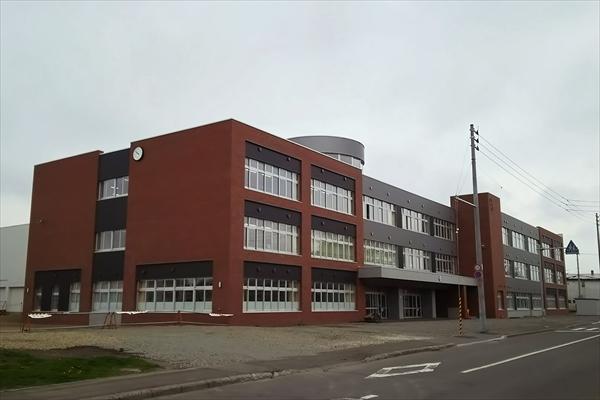 江別第一小学校・新校舎