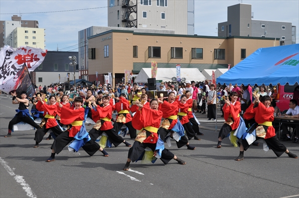 北海道ハイテク・エコ・メディスポ専門学校~無限永華~ えべつ北海鳴子まつり