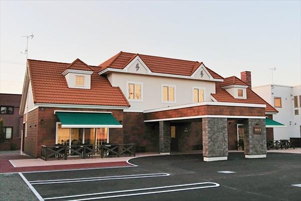 ドルチェ&ベーカリーカフェ・アマム新店舗