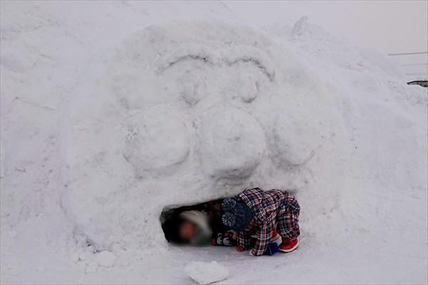 アンパンマン雪像