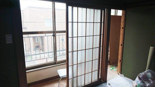 二階宿の窓