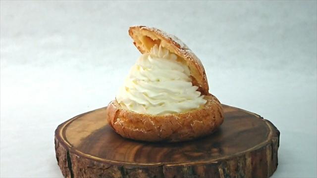 ボーノボーノ限定チーズシュークリーム