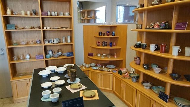 焼き物陶器売り場