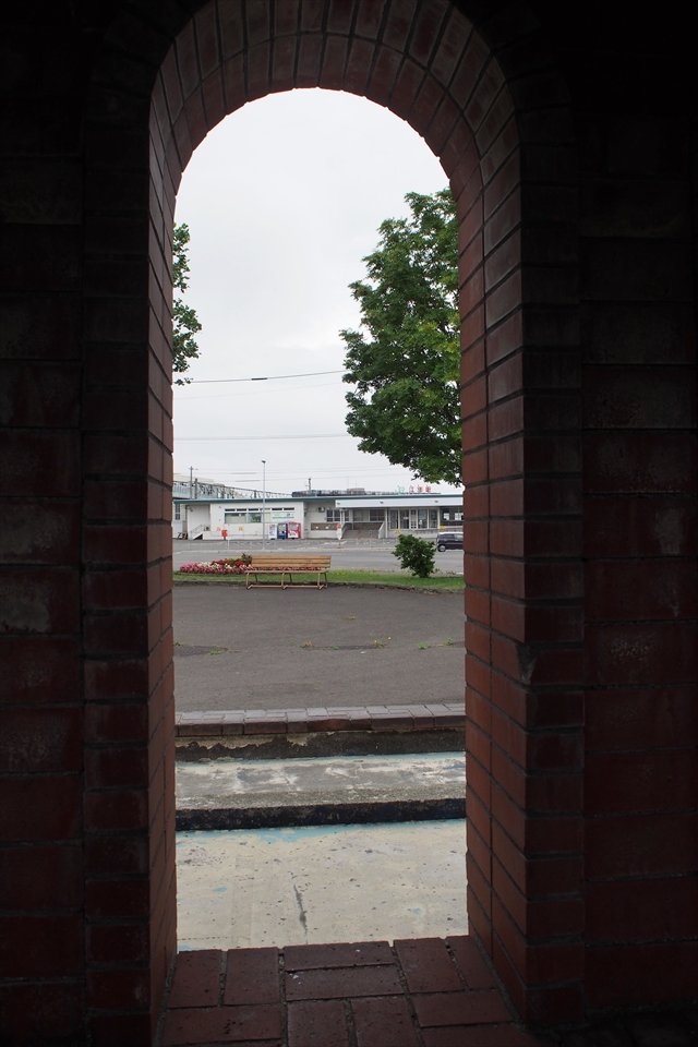 江別駅前噴水内部からの風景