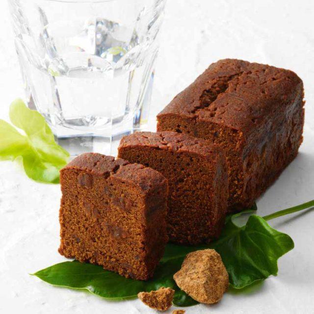 ロイズ石垣島 黒糖と沖縄ラム酒のパウンドケーキ