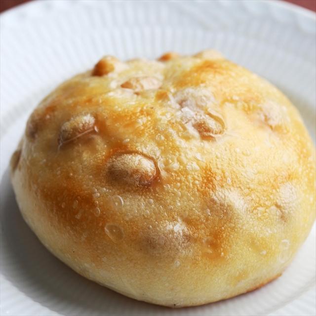 白いんげん豆の塩パン