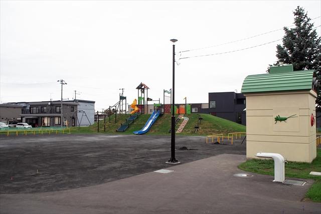 ゆりのき公園園内