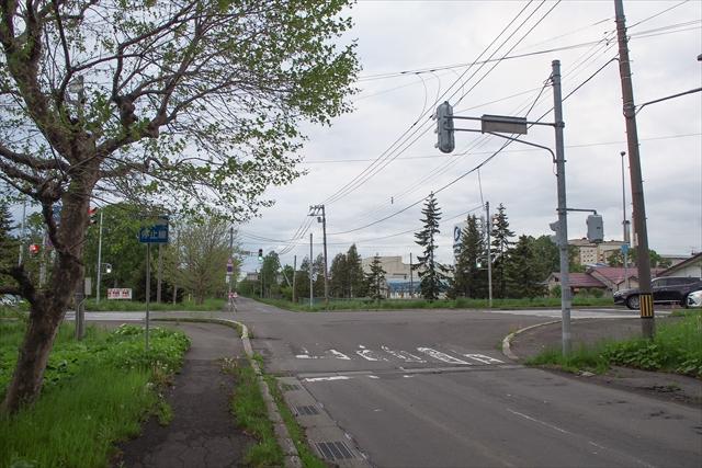 国道12号と道道1056号の交差点