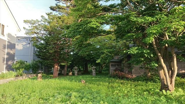 玉姫稲荷神社出入口正面